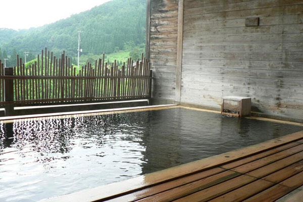 蕨温泉ふれあいの湯の露天風呂